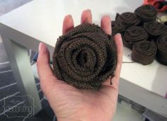 Burlap rose tutorial. Saw these roses in natural color or red for the christmas tree.