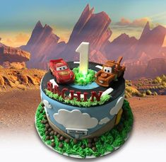 Disney Cars by MsTreatz - http://cakesdecor.com/cakes/289466-disney-cars