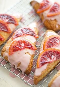 Blood orange scones topped with a blood orange glaze & candied blood orange slices, the most beautiful and delicious breakfast you'll ever lay eyes on! Breakfast Scones, Breakfast Recipes, Dessert Recipes, Scone Recipes, Brunch Recipes, Muffins, Orange Scones, Happy Foods, Orange Recipes