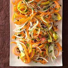 Carrot-Fennel Salad, maybe lemon juice instead of vinegar. Fennel Recipes, Raw Food Recipes, Vegetable Recipes, Cooking Recipes, Vegetable Salad, Vegetarian Recipes, Salad Dressing Recipes, Salad Recipes, Gourmet