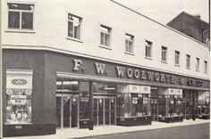 woolworths, ferryquay street - opened 1920