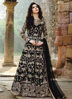 Looking to buy Anarkali online? ✓ Buy the latest designer Anarkali suits at Lashkaraa, with a variety of long Anarkali suits, party wear & Anarkali dresses! Anarkali Dress, Anarkali Suits, Pakistani Dresses, Indian Dresses, Patiala Salwar, Lehenga Choli, Sarees, Dulhan Dress, Pakistani Clothing
