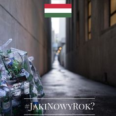 Jaki będzie Nowy Rok? Tego jeszcze nie wiemy, ale znamy ciekawe sylwestrowe i noworoczne zwyczaje europejczyków. Chcecie je poznać? Śledźcie naszą instakampanię każdego dnia, aż do 1 stycznia 2016 r. Wejdźmy w nowy, 2016 rok razem z nadzieją i uśmiechem!  Dzień 7 - Węgry! Nowy Rok to święto dla tych Węgrów, którzy nie cierpią wyrzucać śmieci. W ten dzień lepiej tego nie robić, by przez przypadek do kosza nie trafiło noworoczne szczęście... #JakiNowyRok? #KE #UE #Zwyczaje #NowyRok #Sylwester…