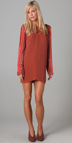check out those sleeves...why is it that every dress I click on is WAY out of my price range?!?