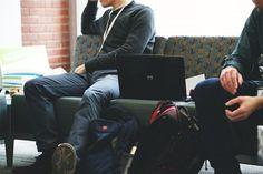 Não basta ter apenas o diploma é preciso muito mais! Em nosso artigo sugerimos algumas orientações para os estudantes de engenharia incrementarem seu currículo e se prepararem melhor para o mercado de trabalho. Confira o artigo no blog  http://ift.tt/1IJoGoo