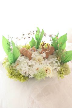 Deer Wedding, Ring Pillows, Pillow Box, Easter Eggs, Floral Wreath, Wreaths, Bridal Bouquets, Polymer Clay, Flowers