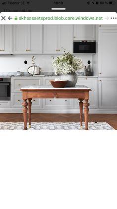 Kitchen Island, Home Decor, Island Kitchen, Decoration Home, Room Decor, Interior Design, Home Interiors, Interior Decorating