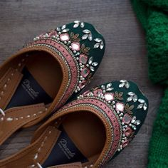 Support comfort in Dazzle juttis! Uniquely handcrafted by Pakistan's finest artisans, Dazzle juttis emanates luxury and traditional mysticism. Trendy Shoes, Casual Shoes, Indian Shoes, Indian Jewelry, Bridal Sandals, Shoe Collection, Flat Shoes, Fancy Shoes, Wedding Shoes