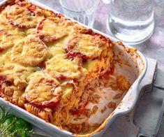 Zapiekanka makaronowa z tuńczykiem i pomidorami Cauliflower, Low Carb, Chicken, Meat, Vegetables, Recipes, Food, Tuna Recipes, Vegetarian Main Dishes
