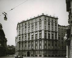 Gabriele Basilico, 1980-1982 Palazzo Civita, piazza Eleonora Duse, Milano, 1932-1934 (Arch. Gigiotti Zanini 1893-1962) Stampa ai sali d'argento su carta baritata (VINTAGE PRINT),