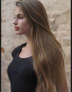 Röfleli kumral uzun saç guzel kadınlara
