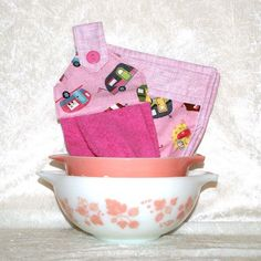 3 Piece Set • Hanging Dish Towel • 2 Potholders • Pink Kitchen Towel • Camping Pot Holders • Camping Decor • Vintage Campers • Glamping