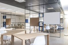 De Amicis Architetti : Digital Entity workspace - ArchiDesignClub by MUUUZ - Architecture & Design Office Space Design, Modern Office Design, Workspace Design, Office Workspace, Office Interior Design, Loft Office, Office Designs, Office Decor, Wood Partition