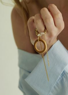 Material: brass, 18k gold plate, swarovski, wood / Size: chain length 9.5cm / ORDER MADE