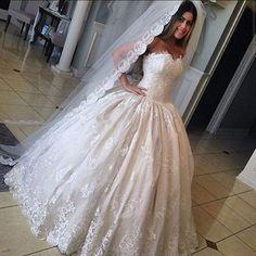 Luxury Woman Ball Gown Wedding Dress