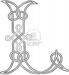 L - Celtic Knot                                                                                                                                                     Plus