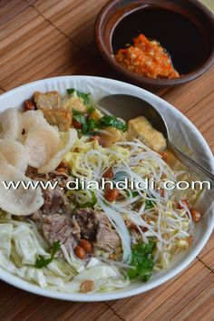 Bakmi Ketoprak Diah Didi Kitchen, Indonesian Cuisine, Indonesian Recipes, Rice Vermicelli, Malaysian Food, Savory Snacks, Asian Recipes, Cake Recipes, Food And Drink
