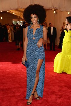 Solange Knowles In Kenzo at the Met Gala 2013 Red Carpet Arrivals. The amazing sense of fashion, the self confidence - everything is blowing my mind.