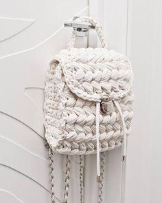Items similar to Dusty pink vegan backpack Women rucksack T-shirt yarn backpack purse City rucksack Small backpack on Etsy Cream Backpacks, Tshirt Garn, Crochet Handles, Alternative To Plastic Bags, Mochila Crochet, Crochet Backpack, Crochet Purses, Crochet Bags, Crochet Animals