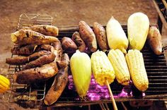 Barbecues are attractive to most people, and are quite popular for those living in localities with temperate climate. However, grilled foods in SaPa will bring another experience to visitors.