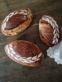 Truhlice: Podmáslový kváskový chléb - recept Baked Potato, Food And Drink, Potatoes, Baking, Ethnic Recipes, Breads, Bread Rolls, Potato, Bakken