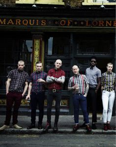 Rude boy with skinheads wearing Brutus shirts Skinhead Boots, Skinhead Fashion, Skinhead Style, Urban Tribes, Look Fashion, Mens Fashion, Ska Punk, Dr. Martens, Skin Head