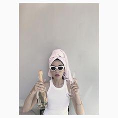 #theladycracy #ontrend #italianfashionblogger #fashionbloggeritalia  #beautifulgirl #instafashion #igersitalia #fashiongram #fashionista #fashionaddict #fashionable #whattowear #ootd  #swag #pink #fashionblogger #elisabellino  #influencerstyle #fashioninfluencer #partygirl #pinklover #champagne #summervibes #summer