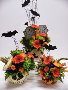Floral Design by, Tina Rainville. Halloween, flower-style!