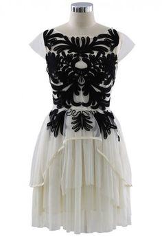 Contrast Floral Embossment White Tulle Dress - Dress - Retro, Indie and Unique Fashion Unique Fashion, White Tulle Dress, White Chiffon, Chiffon Gown, Nice Dresses, Short Dresses, Elegant Dresses, Vogue, Mode Inspiration