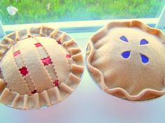 Super cute felt pies no tut