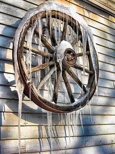 Vermont Winter Wagon Wheel