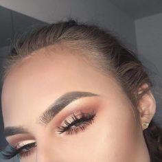 Eye Makeup Tips.Smokey Eye Makeup Tips - For a Catchy and Impressive Look Smokey Eye Makeup Look, Simple Eye Makeup, Cute Makeup, Pretty Makeup, Natural Makeup, Cheap Makeup, Natural Beauty, Makeup Set, Perfect Makeup