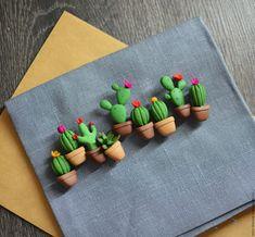 Брошь Кактус – купить или заказать в интернет-магазине на Ярмарке Мастеров | Милые брошки с кактусами и суккулентом.