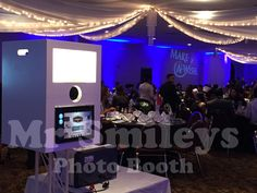 Open Photo Booth with Up Lights  LIVE VIEW for every session