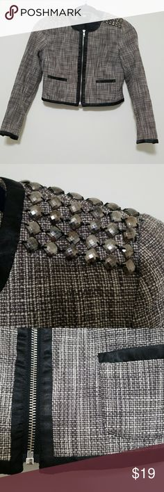 H&M Studded Blazer Gorgeous studded cropped blazer from H&M. Bought on posh, but unfortunately a little small for me! All zippers functional.  🐾Pet-friendly, smoke-free home. 📦Fast shipper. 💫Top-rated seller. 🖤Considering all reasonable offers. H&M Jackets & Coats Blazers
