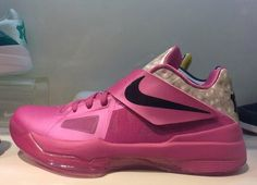 Nike Zoom KD IV AUNT PEARL KD 4 Basketball Shoes