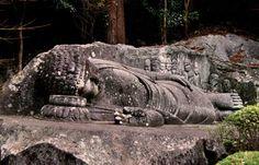 Reclining Buddha statue at Jingoji Temple, Nakatsu, Oita prefecture