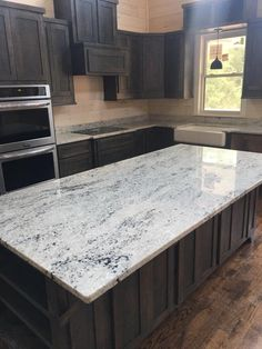 Best 8 Best Colonial White Granite Images Kitchen Backsplash 400 x 300