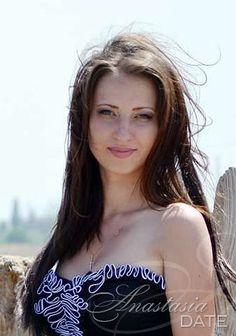 Hundreds of beauties: Russian single lady Tatyana