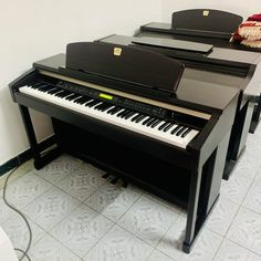 Piano Bien Hoa gia re Piano, Pianos
