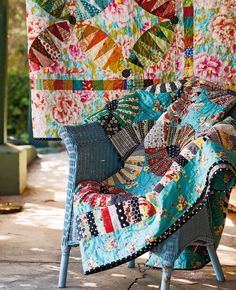 Material Obsession Scrappy Quilts, Baby Quilts, Patchwork Quilting, Sarah Fielke Quilts, New York Beauty, Colorful Quilts, Bright Quilts, Wedding Ring Quilt, Applique Quilts