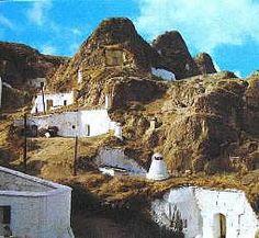 6. Barrio de las cuevas, Guadix (Granada)