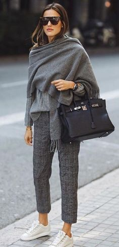 65 Cute Winter Outfits with Sneakers 2019 Sneakers turn a business casual outfit into a casual outfit. The post 65 Cute Winter Outfits with Sneakers 2019 & Dressing Artist 👠Styling Tips Cute Winter Outfits, Casual Work Outfits, Business Casual Outfits, Mode Outfits, Work Casual, Casual Dresses For Women, Fall Outfits, Clothes For Women, Women's Casual
