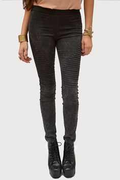 Mineral Wash Leggings - New Age Queen