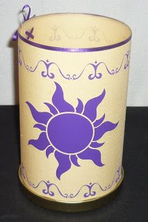 MiniMandy: Linterna Original de Rapunzel para Selene.