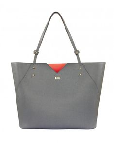STACY CHAN LONDON VERONICA TOTE IN GREY SAFFIANO LEATHER. #stacychanlondon #bags #leather #hand bags #tote #cotton #
