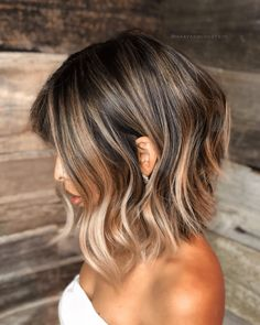 Lob-Haircut-W-Balayage Best Wavy Bob Hairstyles You will Like – Frauen Haare Wavy Bob Hairstyles, Long Bob Haircuts, Easy Hairstyles, Layered Haircuts, Curly Hairstyles, Balayage Lob, Balayage Bob Brunette, Balayage Short Hair, Brunette Color