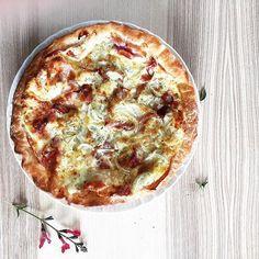 Torta salata di Horacio: cipolla di Tropea, prosciutto cotto e quattro formaggi #foodporn #foodblogger #instagood #picoftheday #glutenfree #pie #glufri #food52