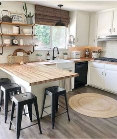 32 Perfect Small Kitchen Design Ideas And Decor. If you are looking for Small Kitchen Design Ideas And Decor, You come to the right place. Here are the Small Kitchen Design Ideas And Decor. Home Decor Kitchen, Kitchen Interior, New Kitchen, Home Kitchens, Rustic Kitchens, Kitchen Walls, Kitchen Rustic, Kitchen Without Top Cabinets, Kitchen Island Against Wall