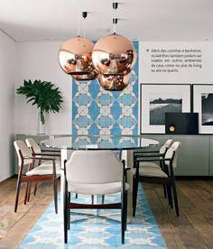 Ladrilhos hidráulicos, uma paixão. Veja mais: http://www.casadevalentina.com.br/blog/materia/ladrilhos-hidr-ulicos-uma-paix-o.html #decor #decoracao #interior #design #home #casa #ladrilho #dining #casadevalentina